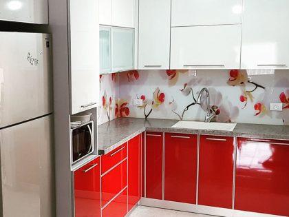 Кухни с рисунками на стекле скинали